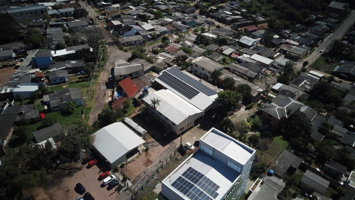 Usina de energia solar é instalada no CPCA